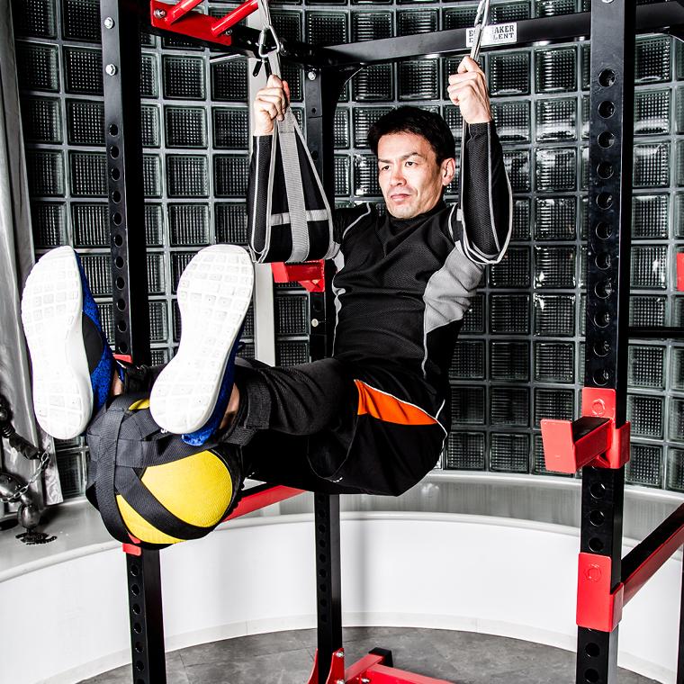 レッグレイズ・アタッチメント メディシンボール用 ドラゴンフラッグ ジャッキー メディシングボールトレーニング