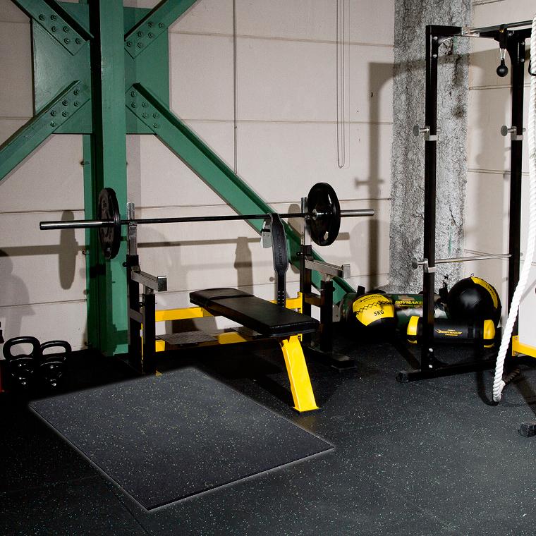 ラバーマット 2cm厚 ジムマット トレーニングマット 頑丈 硬質 フロア材 消音